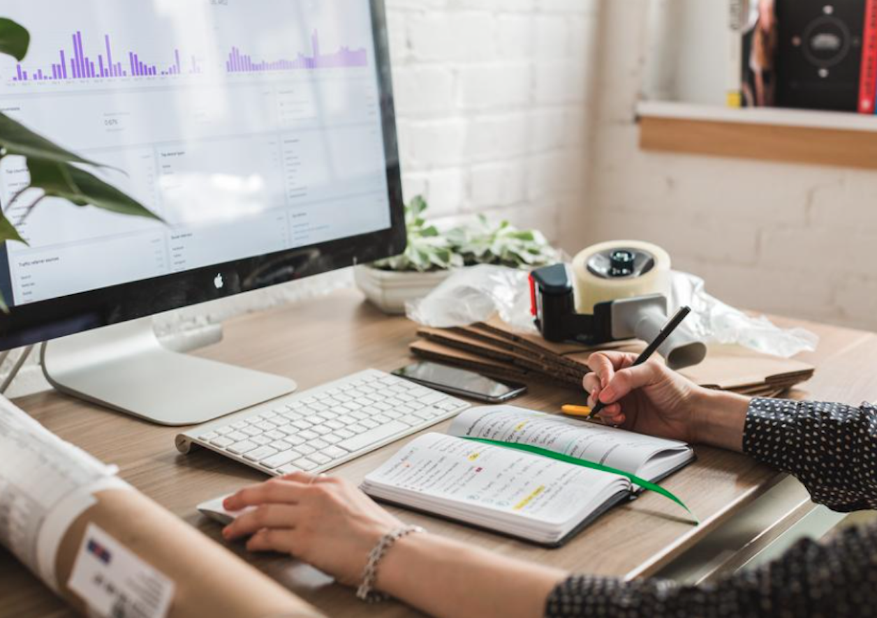 5 Ways An Online Whiteboard Can Boost Your Business Workflow