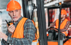 What to Consider When Choosing Two-Way Radio for Your Business